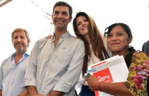 08-03-digitales-urtubey-entrega-de-viviendas-en-chicoana4