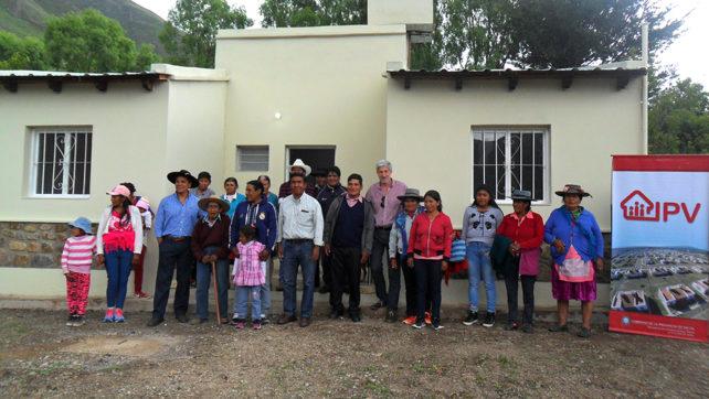Familias de Nazareno recibieron sus viviendas